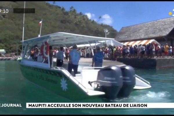 Une navette maritime pour Maupiti