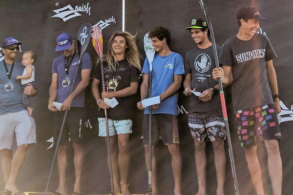 Le podium du double downwind du Naish columbia paddle Challenge avec 3 calédoniens dans les 6 premiers