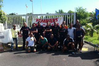 Sapeurs-pompiers du port en grève