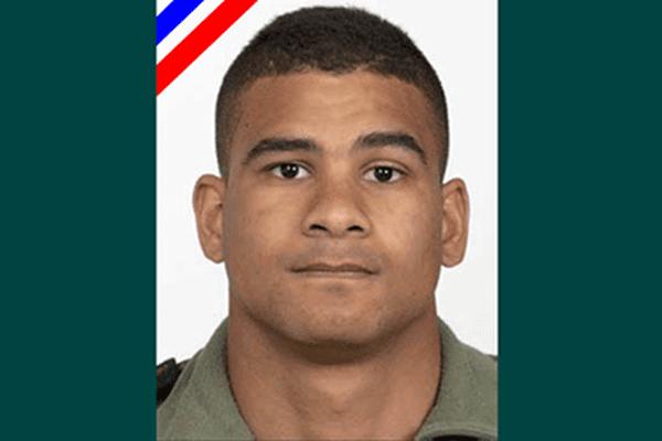 Le matelot Nathanël Ariiveheataiteraipoiri de la compagnie de fusiliers marins de l'Ile Longue