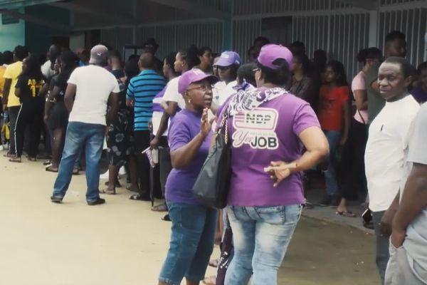 Vote au Suriname
