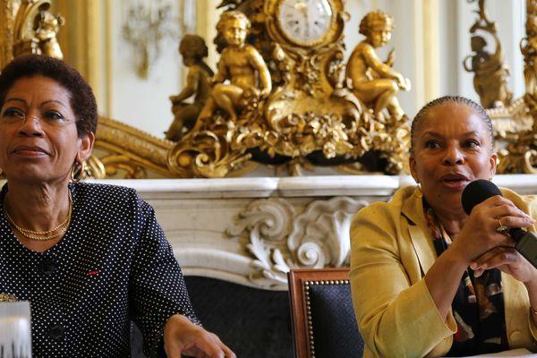 8 juillet 2014 : la ministre des Outre-mer, George Pau-Langevin, et la ministre de la Justice, Christiane Taubira, lors de la remise du rapport sur les problématiques pénitentiaires en Outre-mer.