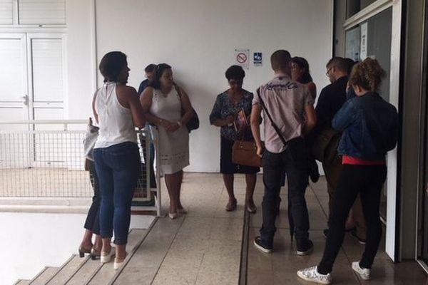 Famille de Géraldine Nauche à l'issue du verdict