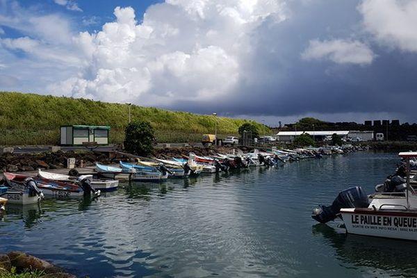 Nuages sur le port de Sainte-Marie