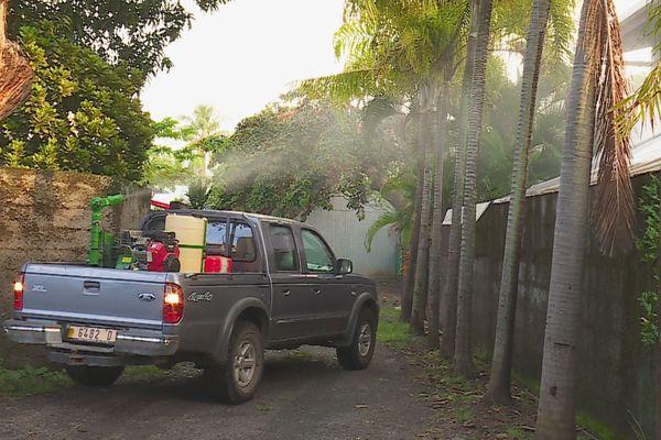 pulvérisation moustiques