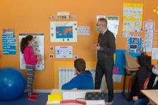 Les élèves de l'école du socle ont présenté leur proposition de loi au député de Saint-Pierre et Miquelo