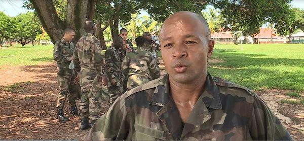 Des jeunes guyanais en formation de réservistes au 3ème Régiment d'Infanterie de Kourou