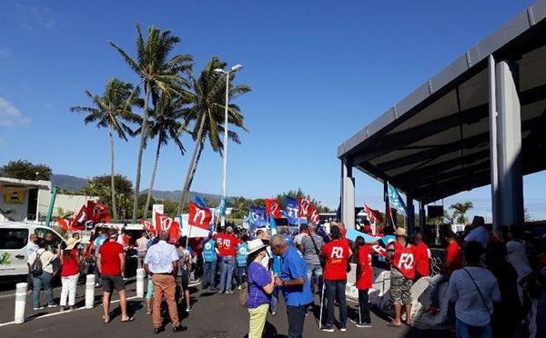 Manifestation du CHU pour l'arrivée de la ministre