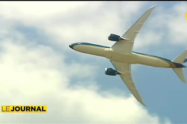 ATN : à l'aéroport du Bourget, Boeing savoure sa victoire