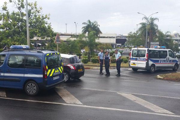 Aéroport de Faa'a bloqué suite à uagage suspect