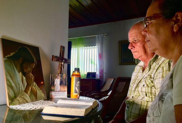 Priere à JP II avec Antoine et Michelle
