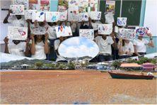 Des élèves de la section arts plastique du collège du Robert en cours (image d'illustration)