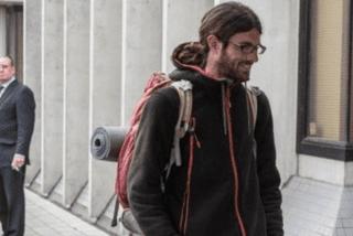 Nouvelle-Zélande : l'auto-stoppeur colérique avait aussi volé un sac de couchage