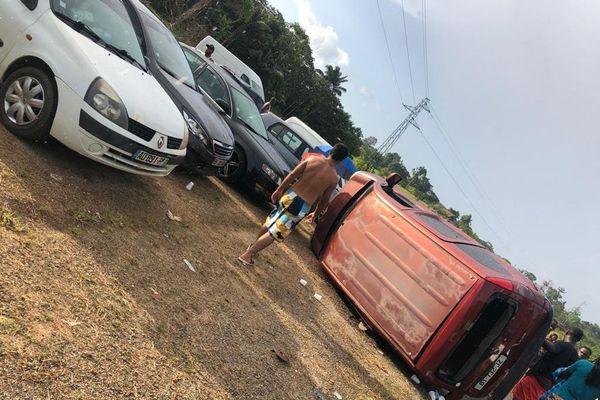 Accident sur la route d'Apatou