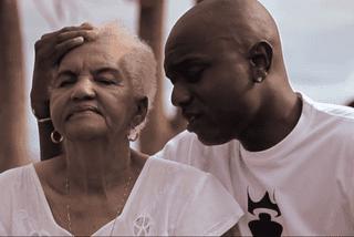 Misié Sadik - extrait clip alzheimer