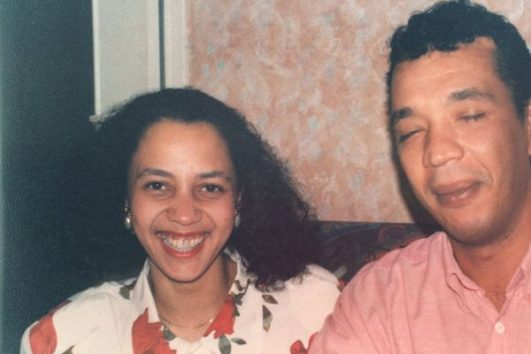 Sylvie Arcos et son frère, Jean-Bernard Pranville, plus jeunes
