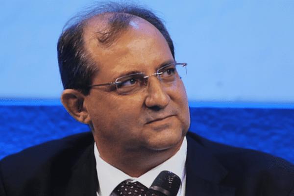 Stéphane Fouassin, maire de Salazie à La Réunion