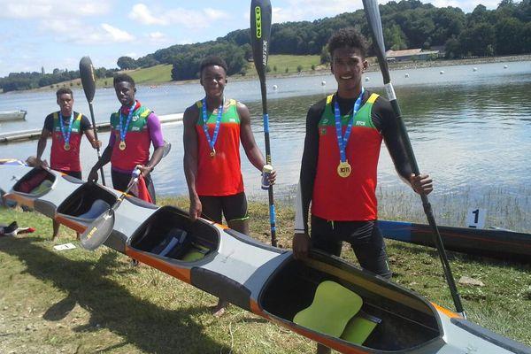 Equipage canoë kayak champion de France