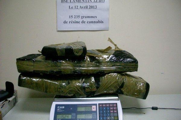 15 235 grammes de Cannabis