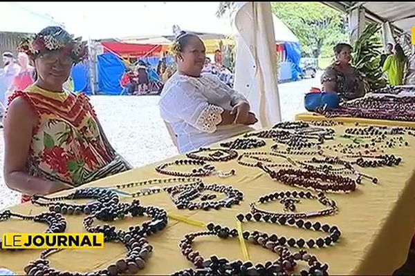 Des artisans marquisiens aux doigts de fée