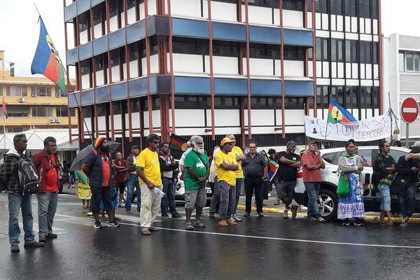 Marche pour réouverture inscription bureaux de vote délocalisés référendum