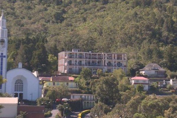 Hotel des Thermes Cilaos à l'abandon 080719