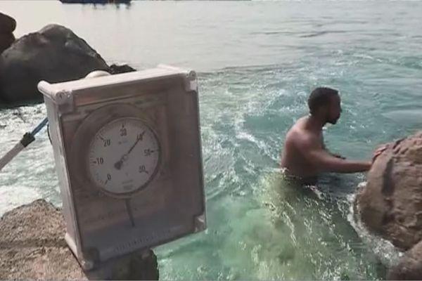 Source d'eau chaude à Bouillante