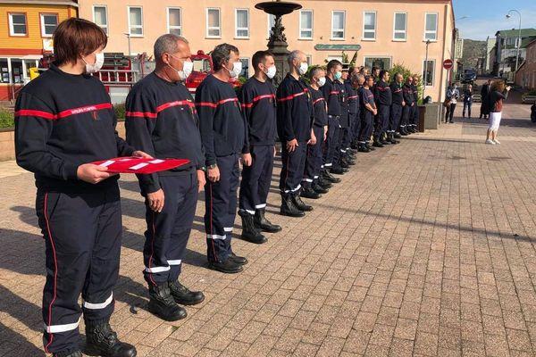 Des médailles d'or et de bronze pour six pompiers volontaires de Saint-Pierre