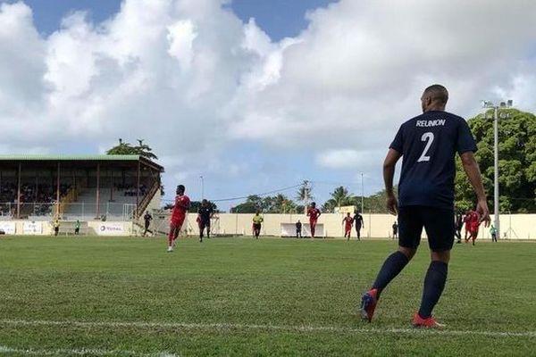 La sélection de La Réunion dispute la finale de football face à Maurice.
