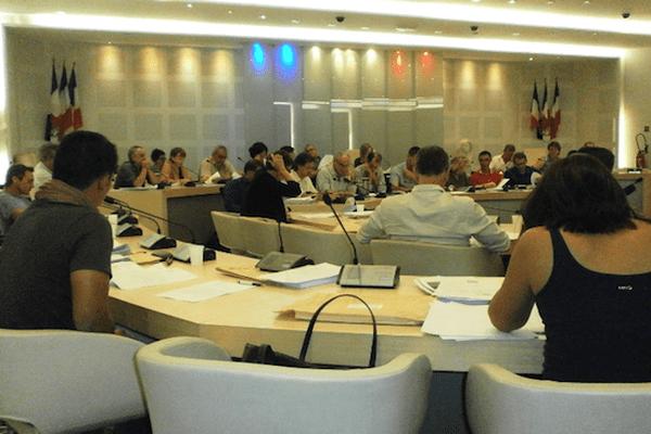 Dernier conseil municipal de l'année 2015 à la mairie de Nouméa