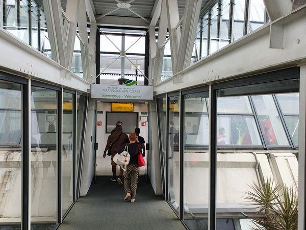Aéroport FDF arrivée