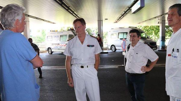 Urgences Taaone - visite du Haut-commissaire