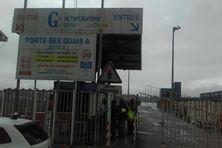 Le port de commerce de Dégrad-des-Cannes à Rémire-Montjoly.