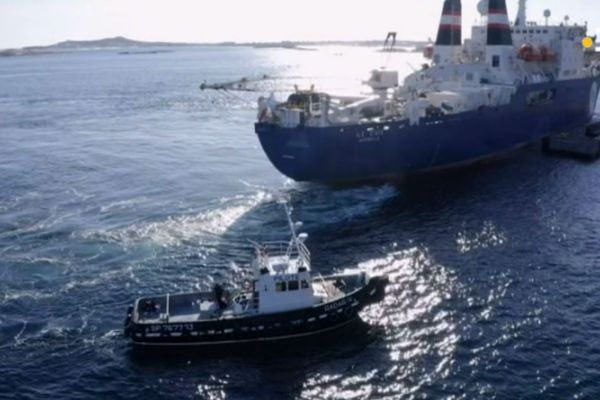 bateau pilote radar 4