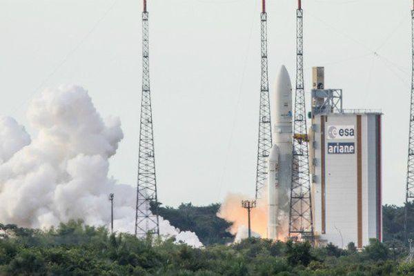 Mardi 5 septembre, une fusée Ariane 5 lancera deux satellites commerciaux depuis la Guyane.