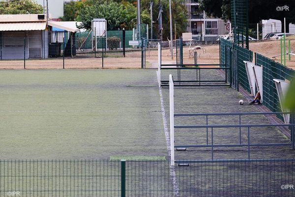 coronavirus covid sport terrain football
