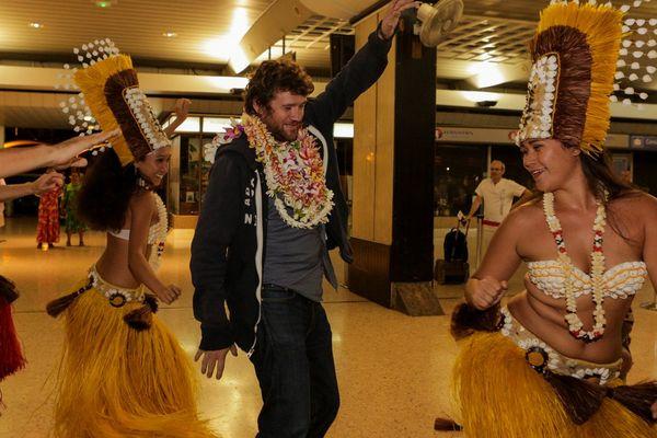 Olivier De Benoist, la nouvelle star de l'humour français, est arrivé à Tahiti !