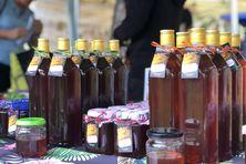 Miel proposé à la vente dimanche 4 juillet, au parc forestier.