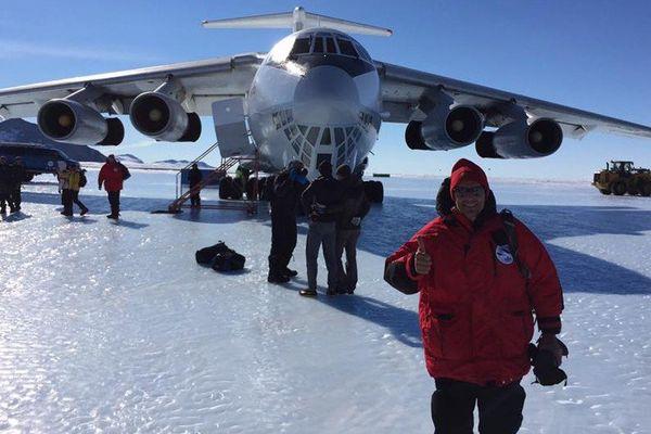 Un gros porteur spécial pour amener les compétiteurs en Antartique