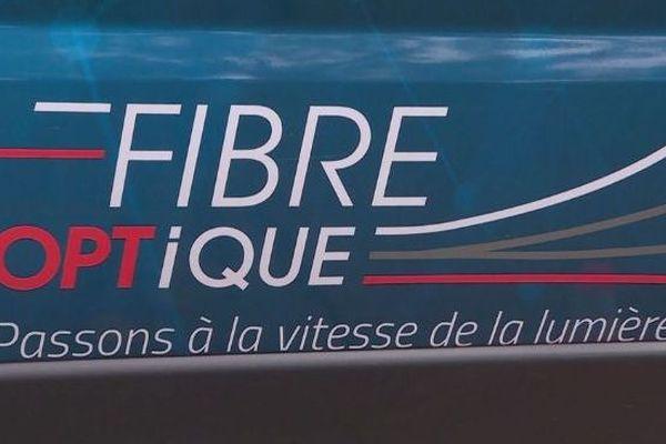 Arrivée de la fibre optique à La Foa