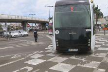 à la mi-journée, le trafic a repris avec la mise en place d'un dispositif de régulation de la circulation dans la zone de Kerlys