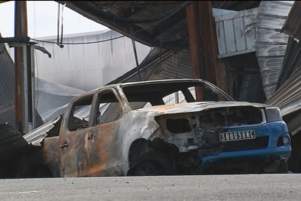 Incendie Toyota Ducos