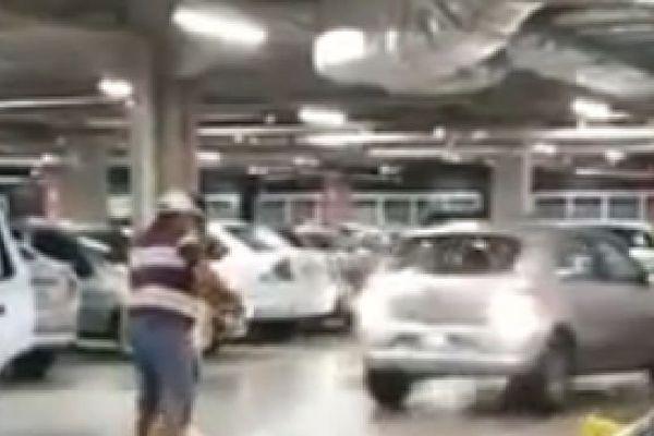 Accident parking Brésil
