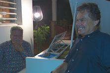 Jean-Christophe Bouissou, au piano, et Angélo Neuffer au chant.