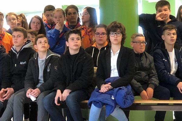 Jeunes à Saint-Pierre