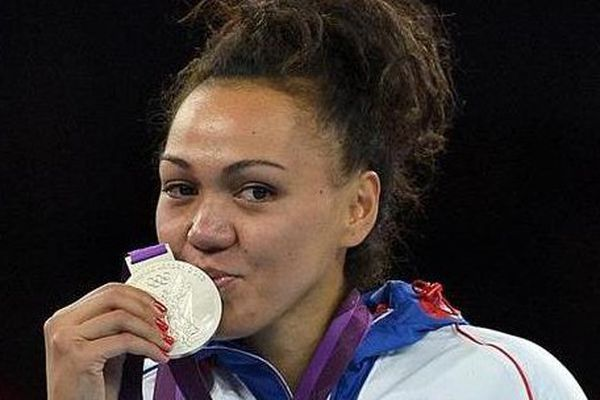 Anne-Caroline Graffe : la championne du monde de taekwondo marraine de l'équipe de Paea