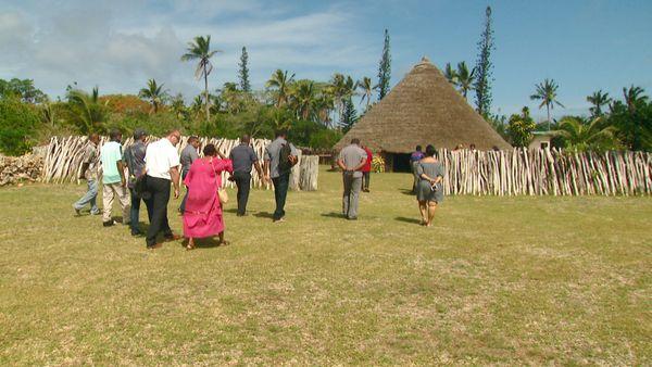 Dix jours après le crash à Hnathalo, Lifou, cérémonie coutumière, 14 janvier 2020