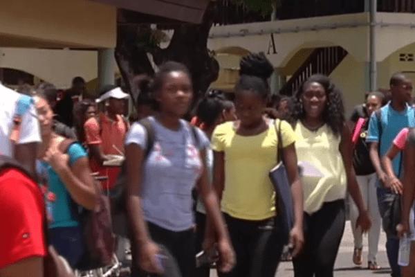 Sortie de classe au lycée Félix Eboué