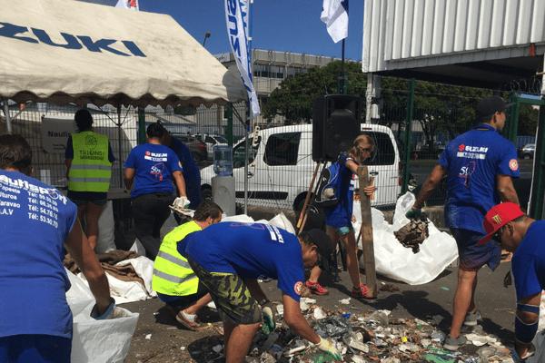 Nettoyage à Motu Uta