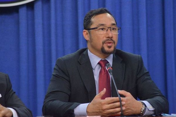 Trinidad et Tobago ministre de l'interieur